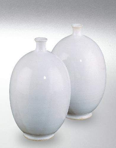 8250A Glossy White